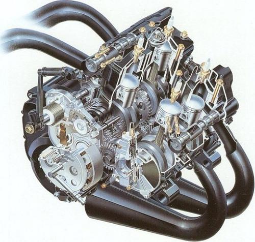 RG500_engine_suzuki